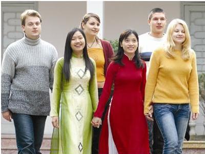 Những đặc điểm của người Việt