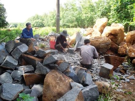 những người thợ đẻo đá