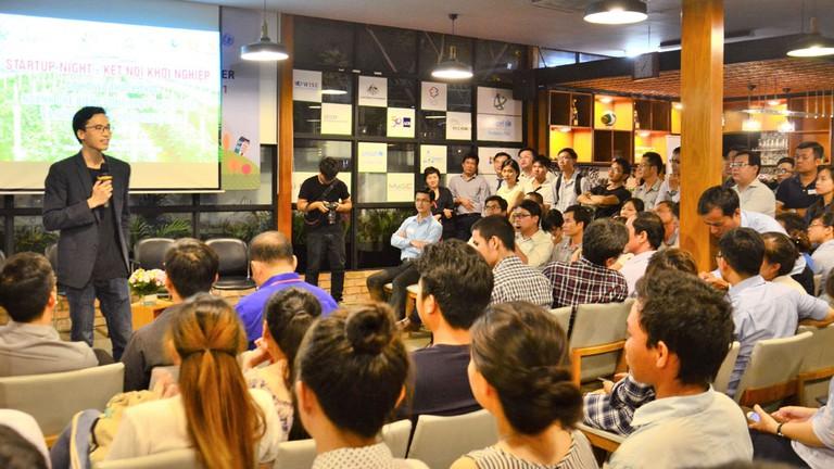 Chia sẻ cơ hội Crowd1 và Mycrowd1.com trên giấy